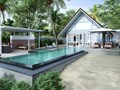 Family Oceanfront Bungalow with Pool