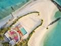 Le LUX* Beach Retreat est situé sur une étendue de plage dorée isolée