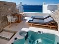 Chambre Premium Vue Mer Avec Jacuzzi® du Mykonos Grand