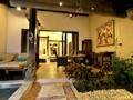 Jacuzzi Villa du Puri Mas Boutique Resort, à Lombok