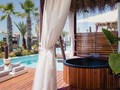 Grand Bungalow Overwater Jacuzzi®