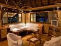 Le salon du Bungalow de l'hôtel Vahine Island en Polynésie