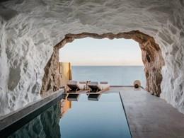 La Cave Suite Sea View with Private Pool