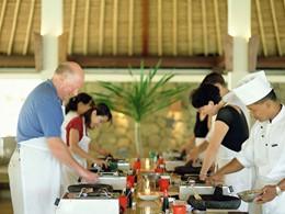 La cuisine Balinaise n'aura plus de secret pour vous après un cours à l'Alila Manggis