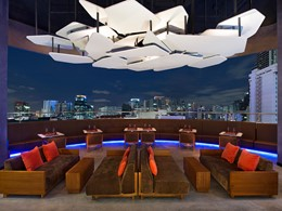 La terrasse du restaurant de l'Aloft Bangkok en Thailande