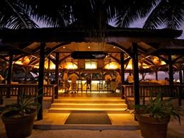 Le bar de l'hôtel Alphonse Island, situé aux Seychelles