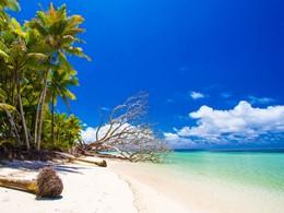 La plage de l'hôtel Alphonse Island aux Seychelles