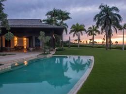 La superbe piscine du spa de l'hôtel Amanera
