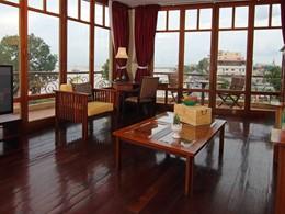Autre vue de la Panoramic Suite de l''Amanjaya Pancam Suite Hotel