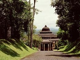 L'entrée de l'hôtel Amanjiwo, à Java