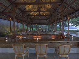 Le bar de l'hôtel Amankila, situé à Bali