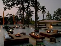 Détendez vous sur la terrasse de l'hôtel Amansara