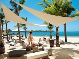 Détente et farniente sur la plage de l'Anahita The Resort