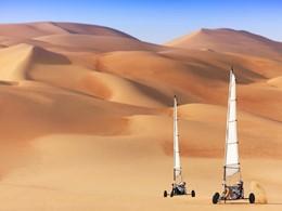 Char à voile dans le désert de Liwa