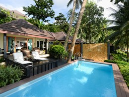 La piscine de la Beachfront Pool Villa de l'Andaman White Beach Resort