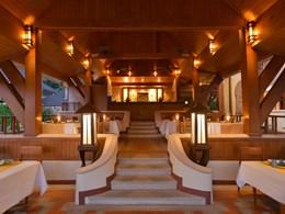 Le restaurant thaï Tom Yam Thai de l'Andaman White Beach Resort