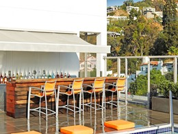 Sundeck Bar de l'hôtel Andaz West Hollywood, aux Etats-Unis