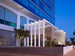 Vue extérieure de l'hôtel 4 étoiles Andaz West Hollywood