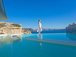 L'Andronis Luxury Suites combine l'élégance et le confort