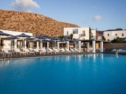 La piscine de l'Anemi Hotel