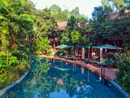 Piscine de l'hôtel Angkor Village Resort au Cambodge