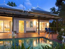 Profitez de la piscine des Villas