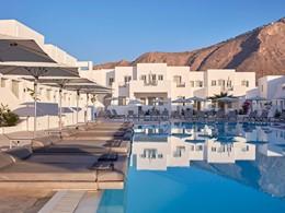 La magnifique piscine de l'hôtel