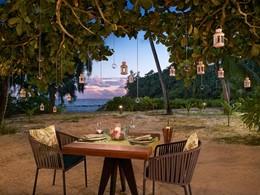 Dîner romantique à l'hôtel Avani à l'ouest de Mahé