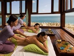 Profitez d'un massage face à l'océan