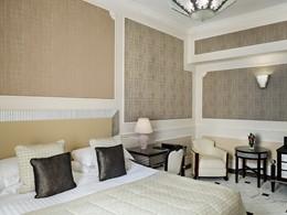 Deluxe Room du Baglioni Hotel Regina, en Italie