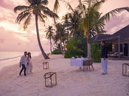 Le restaurant Taste vous accueille les pieds dans le sable