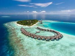 Vue aérienne du Baros, un hôtel haut de gamme aux Maldives