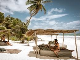 Détente sur la plage du Be Tulum à Riviera Maya