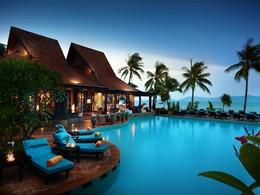 Autre vue de la piscine de l'hôtel Bo Phut Resort & Spa en Thailande