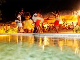 Animation à l'hôtel 5 étoiles Bora Bora Pearl Beach Resort en Polynésie