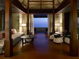 Two Bedroom Ocean Clif Villa du Bulgari Resort