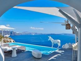 Vivez des moments de relaxation dans votre piscine