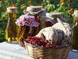 Dégustez les spécialités de la région au Candia Park Village