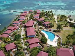 Vue aérienne de l'hôtel Cap Est Lagoon en Martinique
