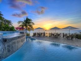 La piscine de l'hôtel Cap Maison à Sainte Lucie