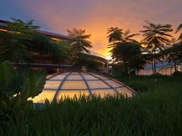 Contemplez un magnifique coucher de soleil depuis le Capella Singapour