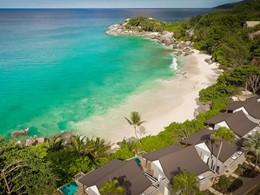Vue aérienne de l'hôtel et de sa belle plage