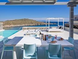 Master Infinity Pool Villa