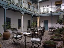 Autre vue du restaurant Azahar de l'hôtel Casas del Rey situé en Espagne