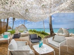 Le Beach Bar, idéal pour siroter un cocktail au bord de la plage