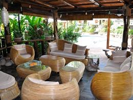 L'espace lounge du Château Saint-Cloud aux Seychelles