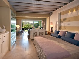Garden Junior Suite du Chia Laguna Resort en Sardaigne