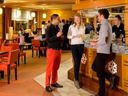 Réchauffez vous au bar du Club Med Aime la Plagne