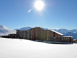 Vue du Club Med Alpe d'Huez La Sarenne en France