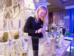 Le bar principal du Club Med Arcs Extrême en France